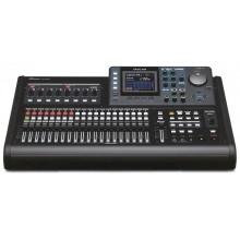 TASCAM přenosné digitální nahrávací zařízení DP-32SD
