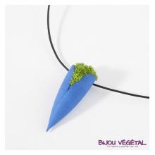 Živé šperky - Náhrdelník Tulipán modrý s lišejníkem