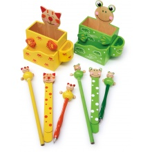 Dřevěný stojánek na tužky s příslušenstvím 1ks  Žabka