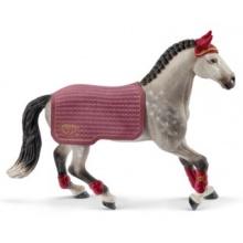 SCHLEICH Turnajová kobyla Trakénského koně