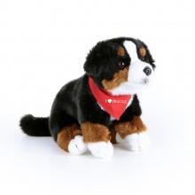 plyšový pes salašnický sedící s šátkem 25 cm (od 3 let)