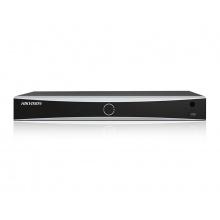 DS-7608NXI-I2/8P/4S - AcuSense 8 kanálový NVR pro IP kamery (80Mb/256Mb); 8xPoE