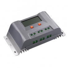 Solární regulátor SOLARFAM MPPT 12V/15A